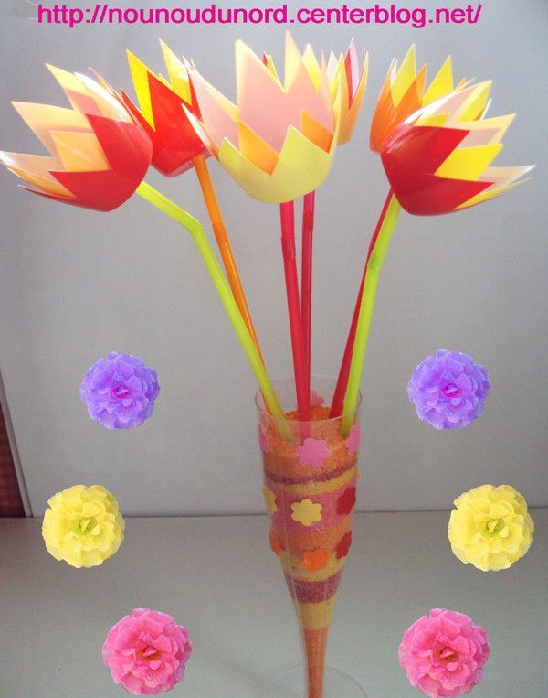 Tulipes r alis es avec des petits suisses 2010 Bricolage printemps objets naturels idees