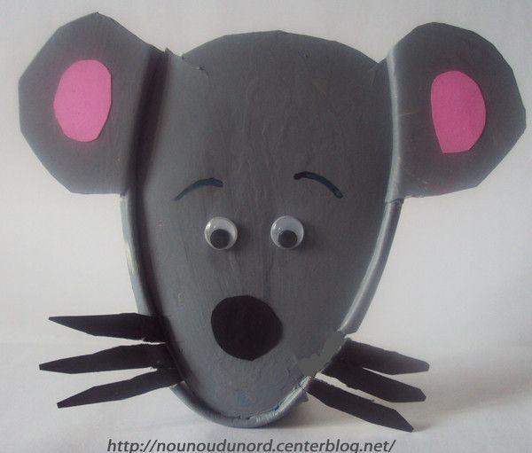 une souris verte comptine colorier et bricolage. Black Bedroom Furniture Sets. Home Design Ideas