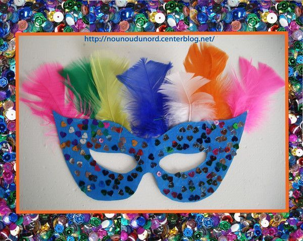 masque loup bleu paillettes et plumes f vrier 2013 masque facile carnaval maternelle. Black Bedroom Furniture Sets. Home Design Ideas