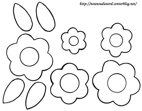 Coloriage Fleur et pétales dessiné par nounoudunord