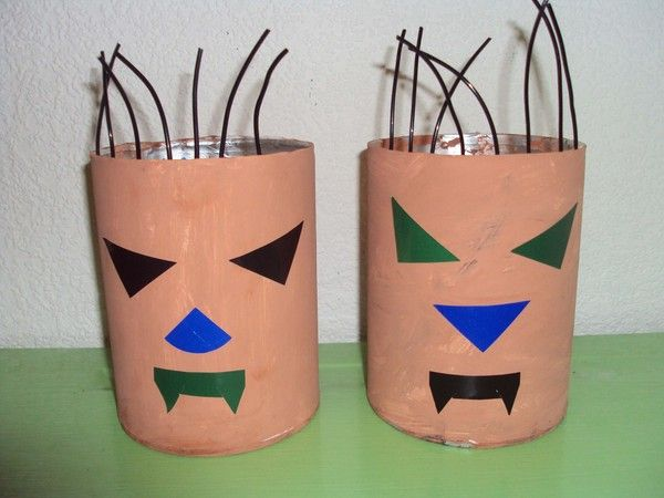 boîte petit monstre pour halloween