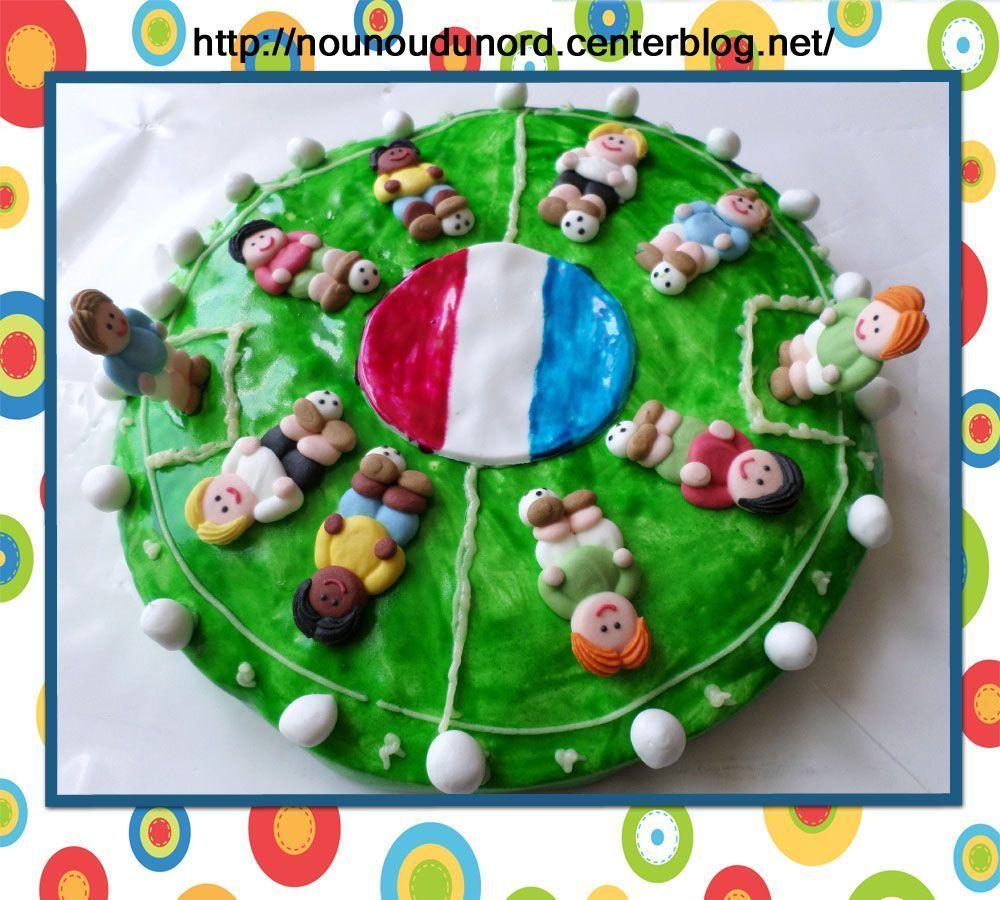 G teau foot pour l 39 anniversaire de gaspard 4 ans juin 2014 - Gateau anniversaire 4 ans ...