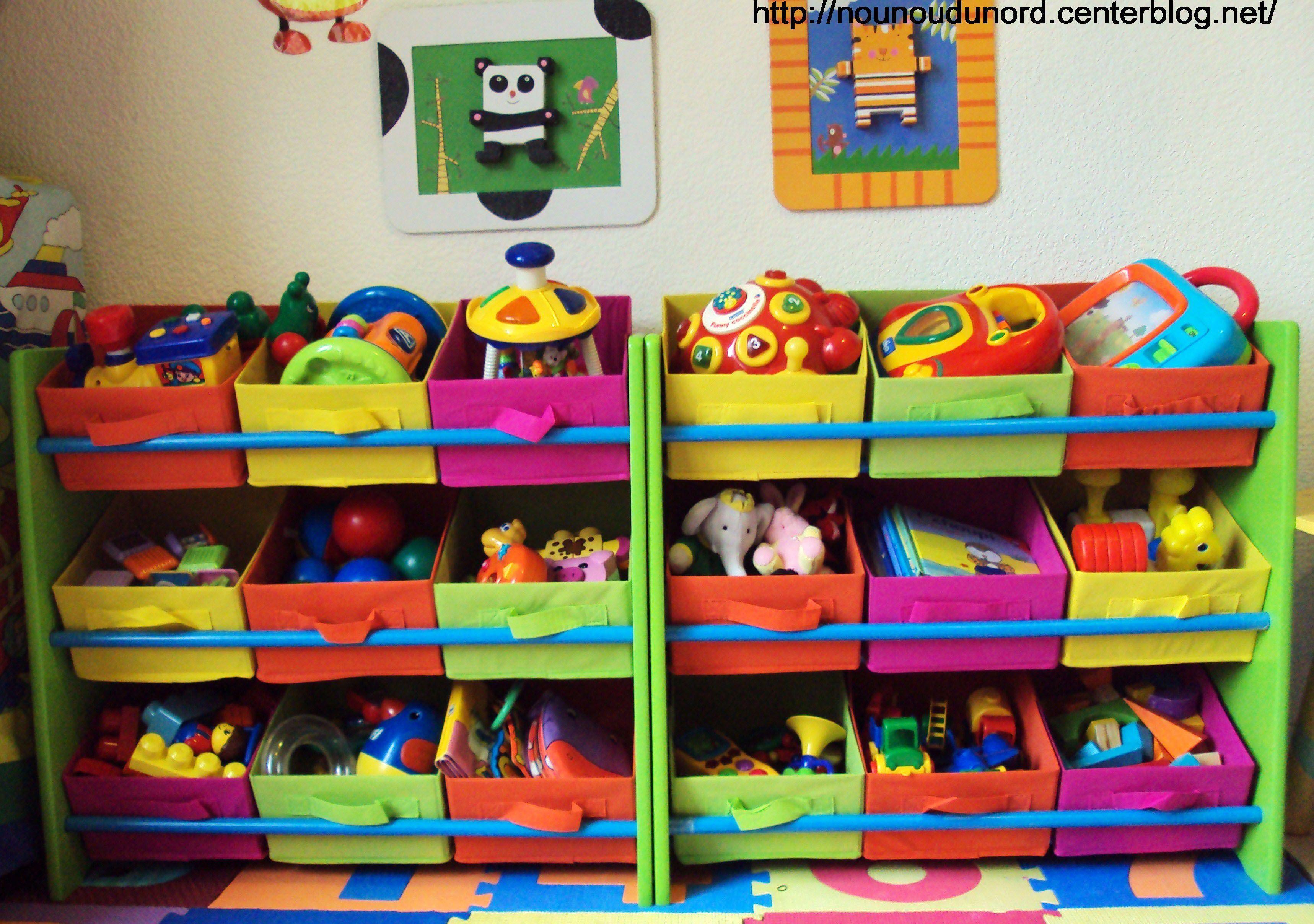 Les nouvelles tag res jouets pour les petits - Etagere avec bac rangement pour jouet ...